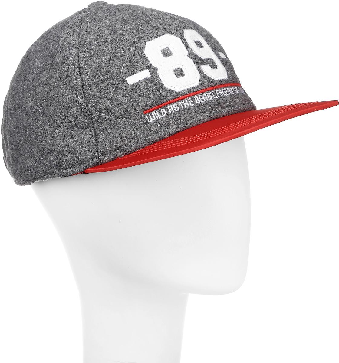 Бейсболка21612BTC7101Модная бейсболка для мальчика с вышивкой 3D - вещь совершенно необходимая! Она защитит от холода, а также красиво завершит осенний образ в спортивном стиле. Если вам нужен классный головной убор, вам нужно купить стильную практичную бейсболку и подросток по достоинству оценит ваш выбор.