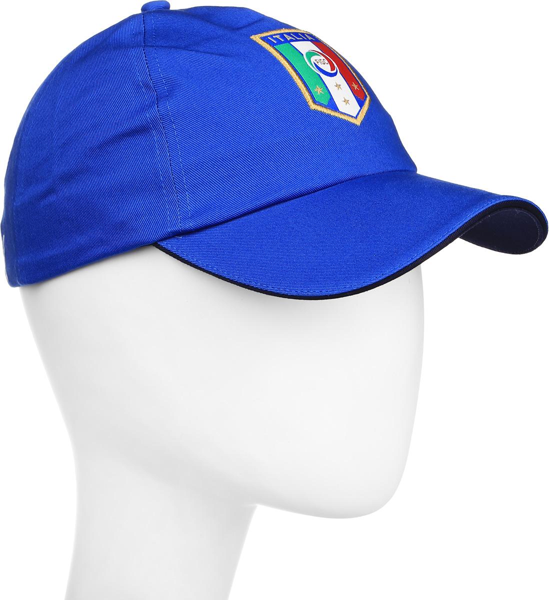 Бейсболка021017_02В этой бейсболке от Puma с вышитой эмблемой национальной сборной Италии по футболу вы не только не останетесь незамеченным, но и сможете поддержать любимую команду. Бейсболка снабжена удобной застежкой с пряжкой сзади для оптимальной посадки. Материал – мягкая и долговечная ткань саржевого переплетения из 100% хлопка.