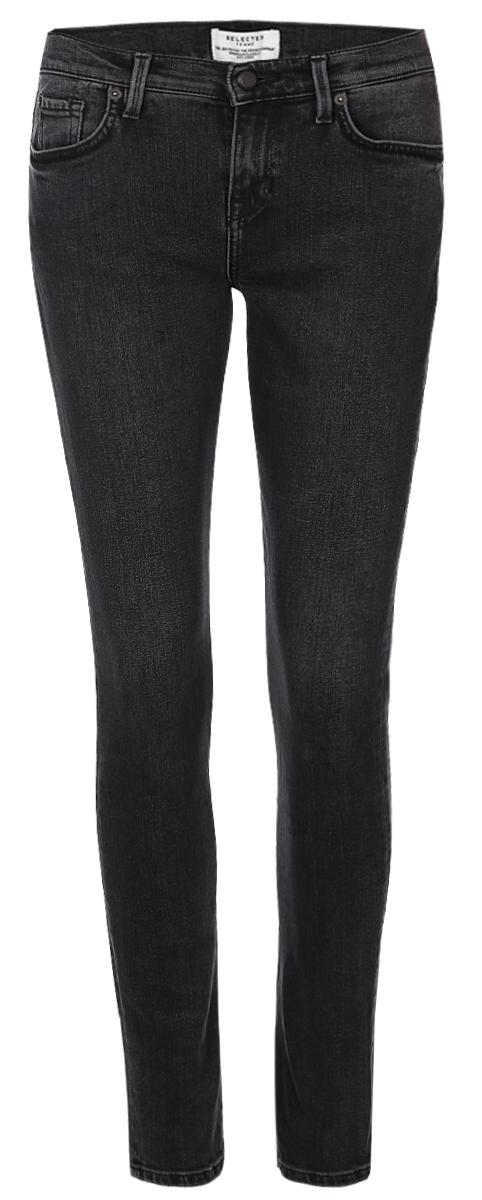 16054240_GreyСтильные женские джинсы Selected Femme выполнены из натурального хлопка с небольшим добавлением эластана. Материал приятный на ощупь, не сковывает движения и позволяет коже дышать. Джинсы-слим со стандартной посадкой застегиваются на пуговицу в поясе и ширинку на застежке-молнии. На поясе предусмотрены шлевки для ремня. Спереди модель оформлена двумя втачными карманами и одним накладным кармашком, сзади - двумя накладными карманами. Модель оформлена эффектом.