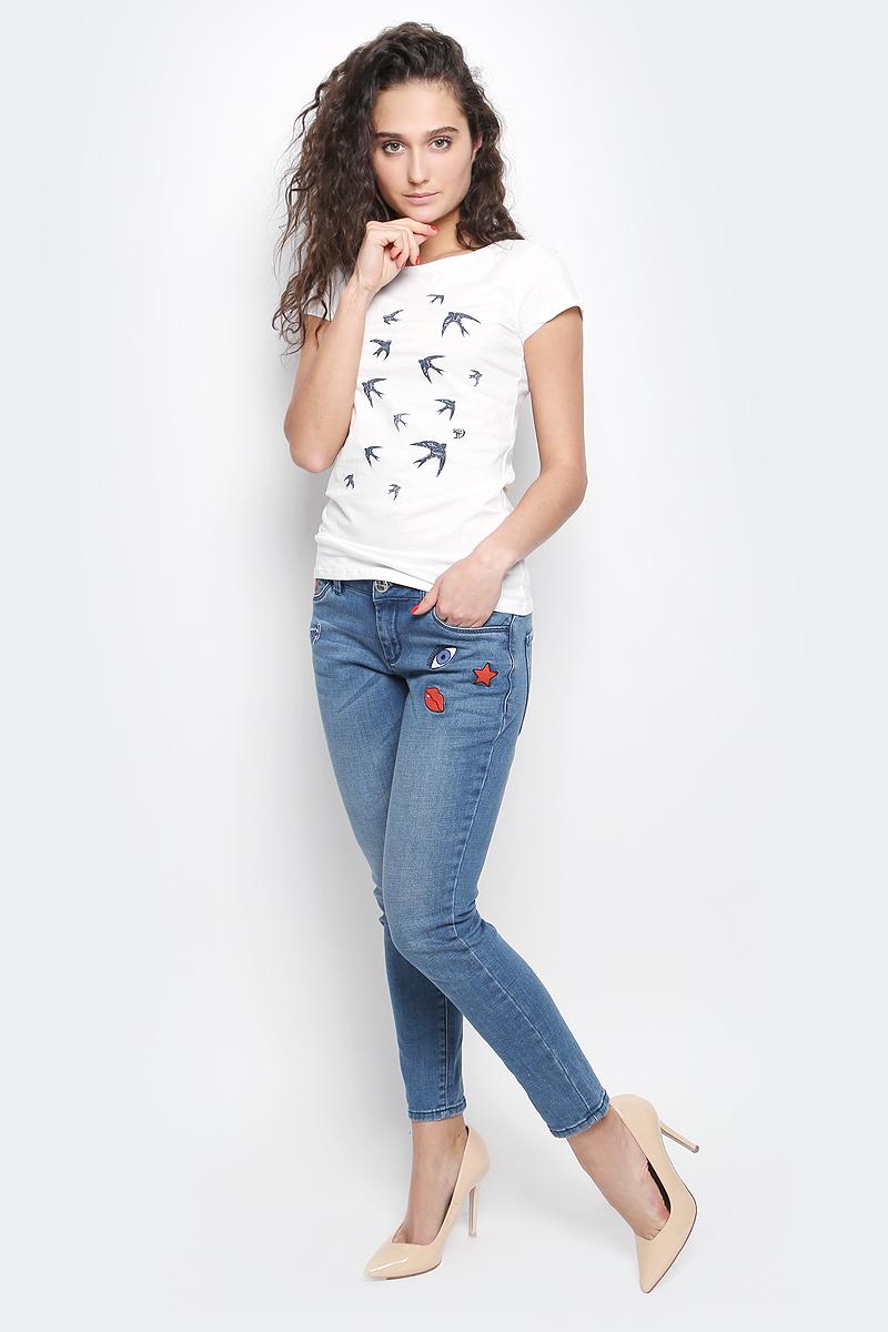 Футболка1036789.09.71_4748Стильная женская футболка Tom Tailor Denim выполнена из натурального хлопка. Модель с круглым вырезом горловины и короткими рукавами оформлена оригинальным принтом.