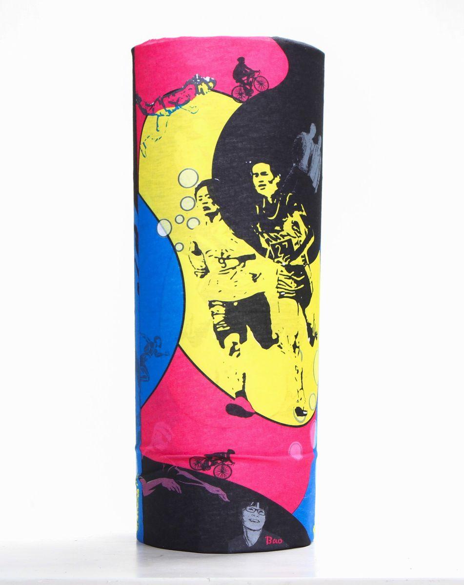 Шарф15-36Мультишарфы можно встретить под разными названиями: мультишарф, мультибандана, платок трансформер, Baff, но вне зависимости от того как Вы назовете этот аксессуар, его уникальные возможности останутся неизменными. Вы с легкостью и удобством можете одеть этот мультишарф на голову и шею 12 различными способами. В сильные морозы, пронизывающий ветер или пыльную бурю - с мультишарфом Вы будуте готовы к любым капризам природы Авторская работа.