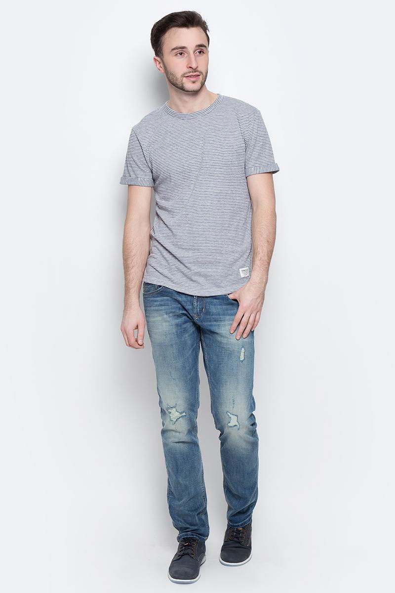 1037078.00.12_6740Стильная мужская футболка Tom Tailor Denim из хлопка и полиэстера. Модель с круглым вырезом горловины и короткими рукавами с отворотами. Футболка оформлена принтом в полоску.
