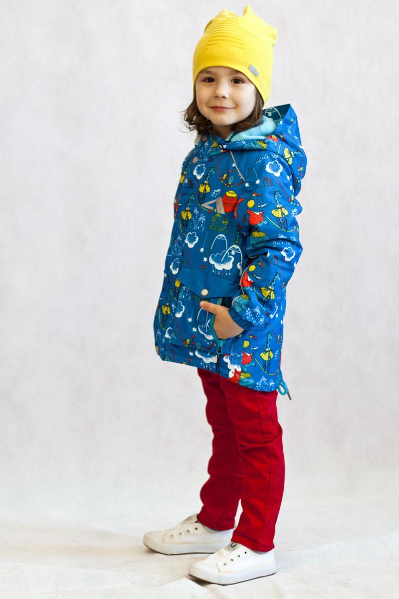 17/OA-2JK516Куртка-парка утепленная для маленьких модников из мембранной коллекции Oldos Active. Верхняя ткань с мембраной 3000/3000 обеспечивает водонепроницаемость, при этом одежда дышит. Покрытие TEFLON повышает износостойкость, а так же облегчает уход за курткой. Утеплитель плотностью 100 г/м2 позволяет носить куртку при температуре от +10 С до -5 С. Флисовая подкладка в области грудки и спинки, а так же внутри капюшона и на воротнике-стойке обеспечивает дополнительное тепло и комфорт, а также помогает мембране отводить излишнюю влагу (пот). Капюшон съемный. Куртка идеально сядет по фигуре благодаря регулируемой утяжке по низу куртки, а так же резинкам на манжетах. В этой модели два типа карманов: накладные карманы с клапаном на кнопке и врезные карманы на молнии. Внутри куртки есть кармашек с нашивкой-потеряшкой, который застегивается на липучку. Куртка оснащена светоотражающими элементами.