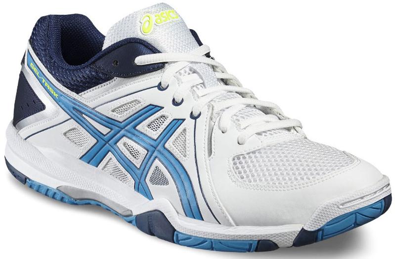 КроссовкиB505Y-0143Эффектная, хорошо сбалансированная обувь для волейбола, в которой используются все знаменитые технологии ASICS. Эти кроссовки, выполненные в стильном классическом дизайне, гарантируют комфорт и отличные результаты в любом виде спорта на закрытой площадке: от сквоша до волейбола. В модели используются все знаменитые технологии ASICS: ASICS Гель, Трасстик, подошва из NC-резины, стелька EVA, колодка Калифорния. Гармоничное сочетание амортизации, комфорта и дизайна позволяют играть часами без какого-либо дискомфорта. Износоустойчивая синтетическая кожа продлевает срок службы кроссовок. Модель доступна в высоком и низком вариантах. Технология ASICS Гель в носке снижает нагрузку на стопу, колени и позвоночник . Трасстик - литой элемент, расположенный под центральной частью подошвы. Обеспечивает стабильность, лёгкость, предотвращает скручивание стопы.