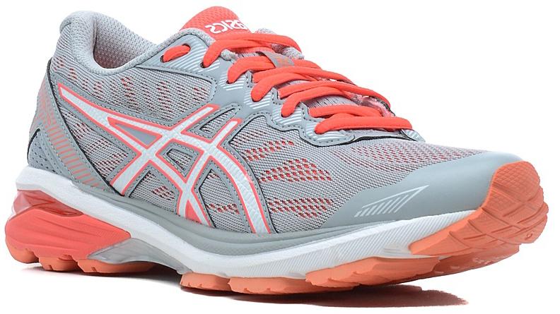 КроссовкиT6A8N-0601Стильные женские кроссовки GT-1000 5 от Asics идеальная обувь для бега на длинные и короткие дистанции. Верх модели выполнен из сетчатого текстиля и искусственной кожи. Внутренняя поверхность из текстиля не натирает. Стелька из материала ЭВА с текстильной поверхностью комфортна при движении. Классическая шнуровка надежно зафиксирует изделие на ноге. Двухслойная упругая средняя подошва с технологией SpEVA обеспечивает дополнительную амортизацию. Пластиковый литой элемент Trusstic в средней части подошвы препятствует скручиванию стопы. Вставка в промежуточной подошве из термостойкого геля на силиконовой основе значительно уменьшает нагрузку на пятку, колени и позвоночник спортсмена, снижая возможность получения травмы. Система I.G.S. выполняет функцию амортизации, обеспечивает защиту от чрезмерной пронации и скручивания стопы, поддерживает свод стопы, защищает ее от нежелательных боковых движений, увеличивает энергию отталкивания бегуна. Технология промежуточной...