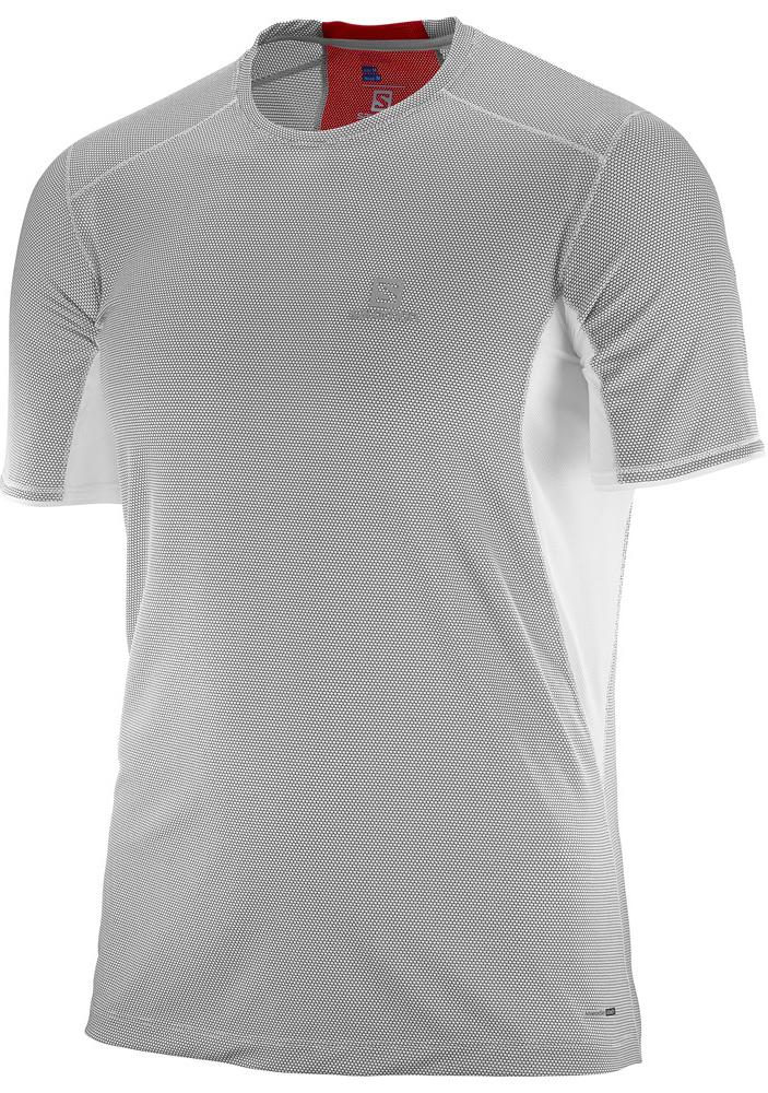 L39385300Легкая дышащая футболка Trail Runner Tee обеспечивает комфорт, а материал с добавлением бамбукового угля предотвращает появление неприятного запаха.