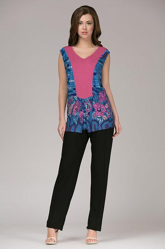 Комплект одежды334К1Стильный домашний комплект, выполненный из натурального полотна. Короткие брючки на шнурке с втачными карманами. Топ с коротким рукавом.