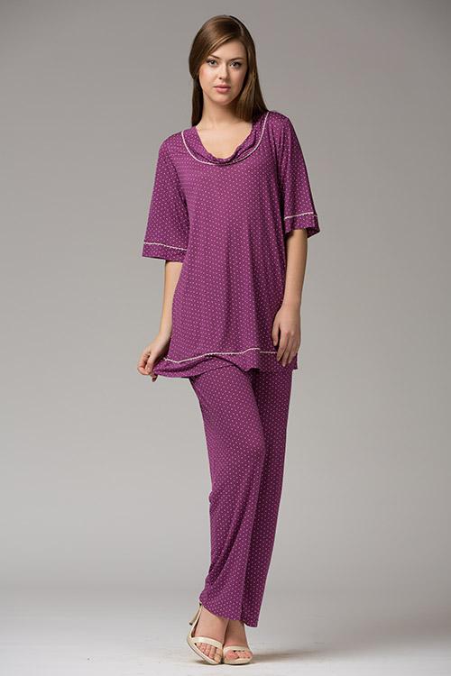 Комплект одежды320К1Стильный домашний комплект. Длинные брючки и кофта с рукавами длиной 3/4 и круглым вырезом.