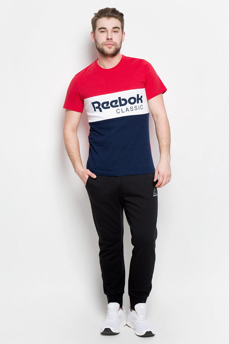 ФутболкаBK3837Классика на высоте Прямиком из прошлого, эта винтажная футболка не сдает стильных позиций Вставка с классическим логотипом спереди подчеркивает преемственность поколений, а круглый ворот обеспечивает привычный комфорт Облегающий крой отлично подходит для интенсивных тренировок и придает стилю эффектности Стильная вставка с принтом в виде логотипа Reebok спереди Классический круглый ворот