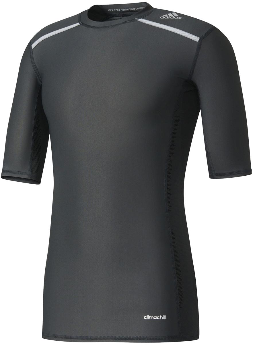ФутболкаAJ5705Мужская компрессионная футболка Adidas Tf Chill Ss с короткими рукавами и круглым вырезом горловины выполнена из эластичного полиэстера. Компрессионный крой обеспечивает мышцам дополнительную поддержку, а технология climachill сохраняет освежающее ощущение прохлады, помогая сосредоточиться на спортивных целях. Модель дополнена защитой от УФ-лучей 50+. Благодаря специальной сетчатой ткани технология climachill обеспечивает оптимальный уровень вентиляции и эффективно отводит излишки тепла от тела.
