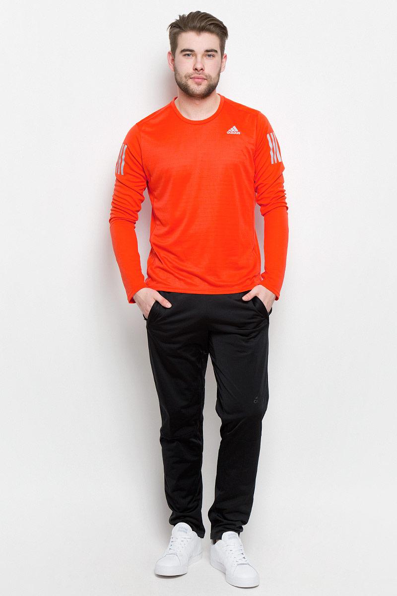 ЛонгсливBP7485Лонгслив для бега Adidas Rs Ls Tee изготовлен из полиэстера и полиэфира. У модели круглый ворот и длинные рукава с прорезями для больших пальцев. Модель дополнена светоотражающими полосами на рукавах.