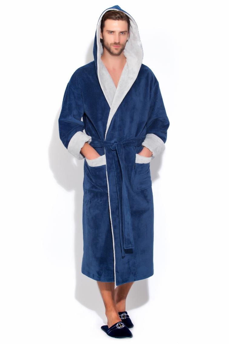 Халат929Бамбуковый халат с капюшоном класса Люкс для настоящих мужчин, любящих комфорт, стиль и свободу в движении! Внешняя сторона велюровая, а внутренняя - петельчатая махра, создающая легкий массажирующий эффект. Двухсторонний капюшон, широкий манжет (легко подвернуть по длине руки), полноценная длина, накладные карманы. Благородный и богатый цвет халата с красивым приглушенным матовым переливом.