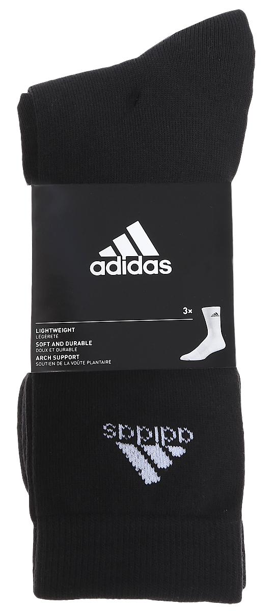 AA2330Носки adidas Per Crew T изготовлены из высококачественного мягкого эластичного хлопка с добавлением полиэстера и полиамида. Удлиненные носки с поддержкой стопы имеют эластичную резинку, которая надежно фиксирует носки на ноге. В комплект входят 3 пары носков, оформленных логотипом бренда adidas.