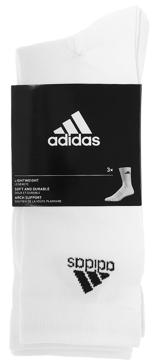 Комплект носковAA2329Носки adidas Per Crew T изготовлены из высококачественного эластичного хлопка с добавлением полиэстера. Удлиненные носки с укрепленным сводом стопы имеют эластичную резинку, которая надежно фиксирует носки на ноге. В комплект входят 3 пары носков.