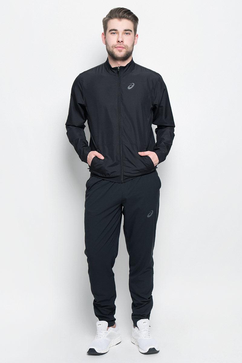 141161-0904Мужской спортивный костюм Asics M Club Suit включает в себя олимпийку и спортивные брюки. Благодаря особой системе контроля над потом, ткань этого костюма эффективно впитывает пот и обеспечивает сухость и комфорт. Вставки из сетчатого материала гарантируют легкость движений и дают дополнительную вентиляцию, чтобы вы могли двигаться быстро и эффективно. Олимпийка с длинными рукавами и воротником-стойкой застегивается на застежку-молнию спереди. Модель изготовлена из высококачественного полиэстера. Изделие дополнено двумя втачными карманами на застежках- молниях спереди. Объем капюшона регулируется при помощи шнурка-кулиски. Брюки прямого кроя и средней посадки имеют широкую эластичную резинку на поясе. Объем талии регулируется при помощи шнурка-кулиски. Комфортные эластичные швы не стесняют движений и исключают натирание даже во время интенсивных тренировок. Спереди расположены два втачных кармана. Брючины дополнены застежками-молниями снизу.