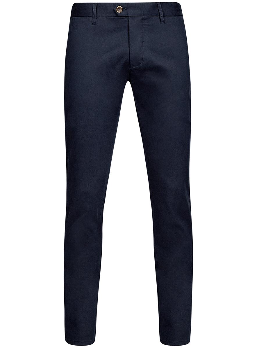Брюки2B150024M/19302N/2500NМужские брюки oodji Basic выполнены из высококачественного материала. Модель-чинос стандартной посадки застегивается на пуговицу в поясе и ширинку на застежке-молнии. Пояс имеет шлевки для ремня. Спереди брюки дополнены втачными карманами, сзади - прорезными.