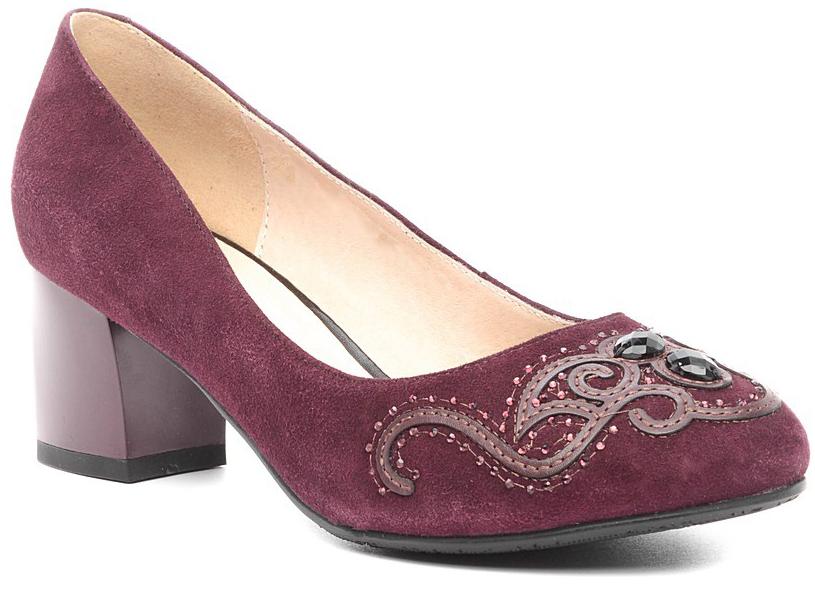 Туфли131108Элегантные туфли на невысоком каблуке, выполнены из натуральной замши. Внутренняя поверхность и стелька из натуральной кожи обеспечат комфорт при движении. Эти туфли можно сочетать с самыми разнообразными вещами вашего гардероба, в них вашим ногам будет комфортно и уютно.