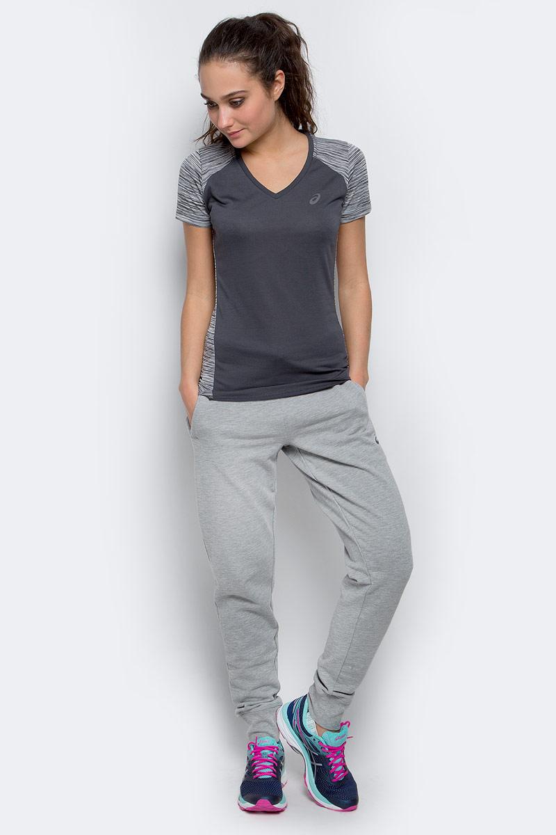141214-0001Женская футболка Asics Fuzex V-Neck SS Top изготовлена из полиэстера и вискозы. Модель с V-образной горловиной, короткими рукавами и дышащей спинкой. Футболка с одного бока дополнена светоотражающими полосами.