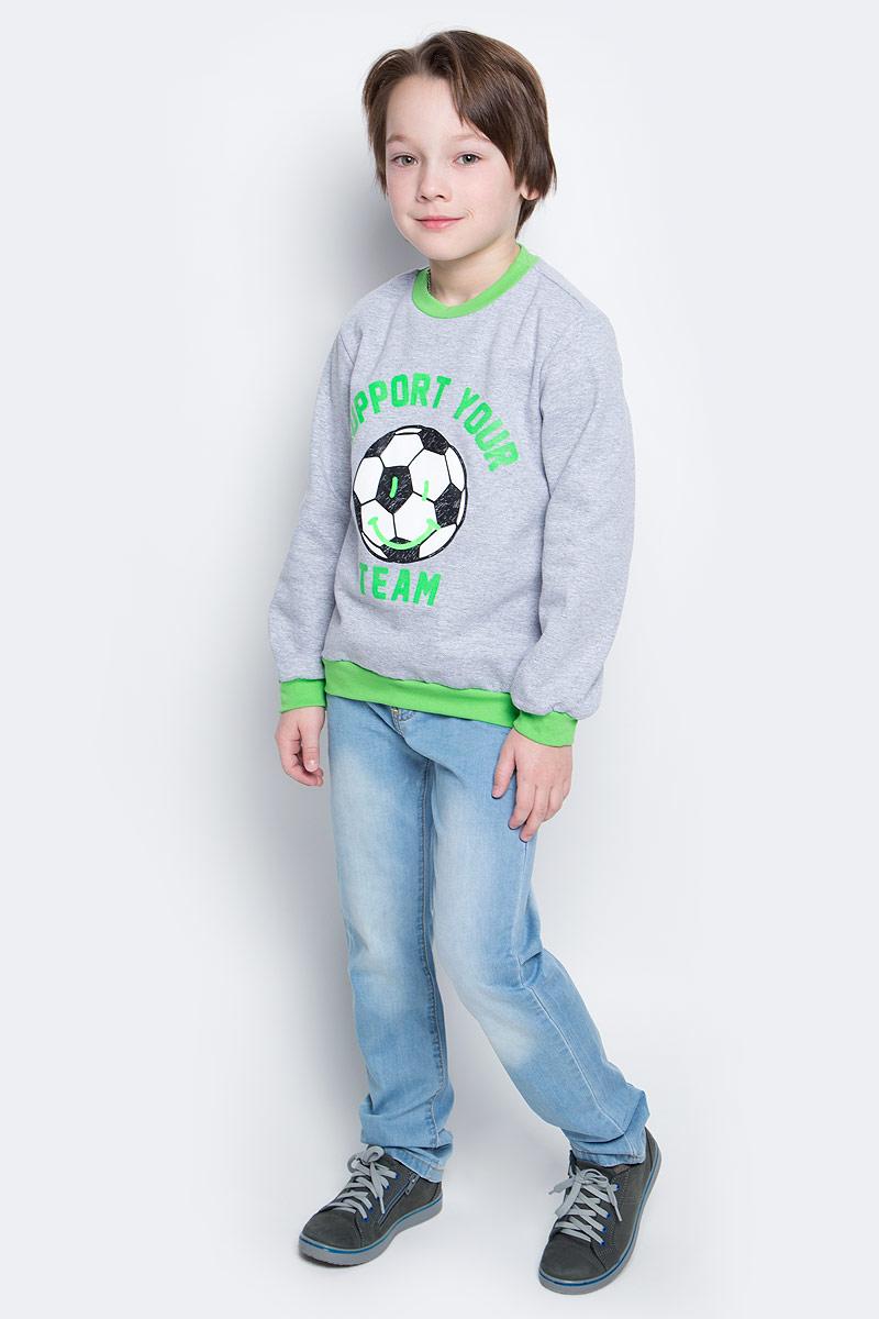 Свитшот20517Свитшот для мальчика КотМарКот выполнен из натурального хлопка. Модель с длинными рукавами имеет круглый вырез горловины. Свитшот украшен принтом в виде мяча и надписью.