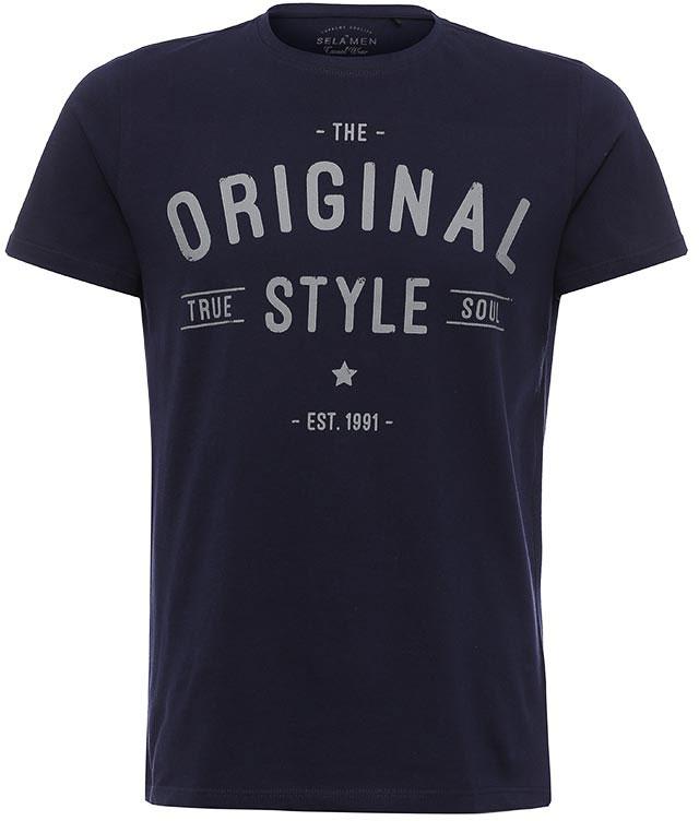 ФутболкаTs-211/2058-7213Стильная мужская футболка полуприлегающего силуэта Sela изготовлена из натурального хлопка и оформлена оригинальным принтом с надписями. Воротник дополнен мягкой трикотажной резинкой. Яркий цвет модели позволяет создавать модные образы.
