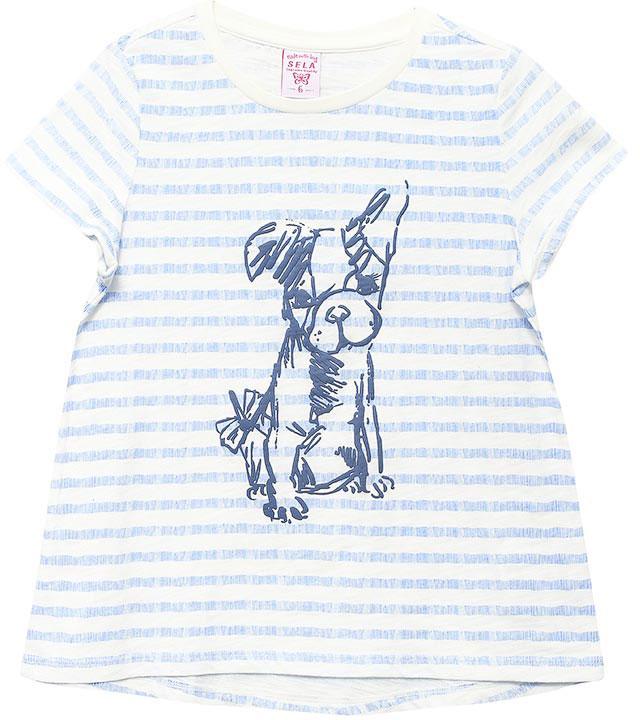 ФутболкаTs-511/294-7132Стильная футболка для девочки Sela станет отличным дополнением к гардеробу юной модницы. Футболка А-силуэта изготовлена из натурального хлопка и оформлена оригинальным принтом. Воротник дополнен мягкой эластичной бейкой.