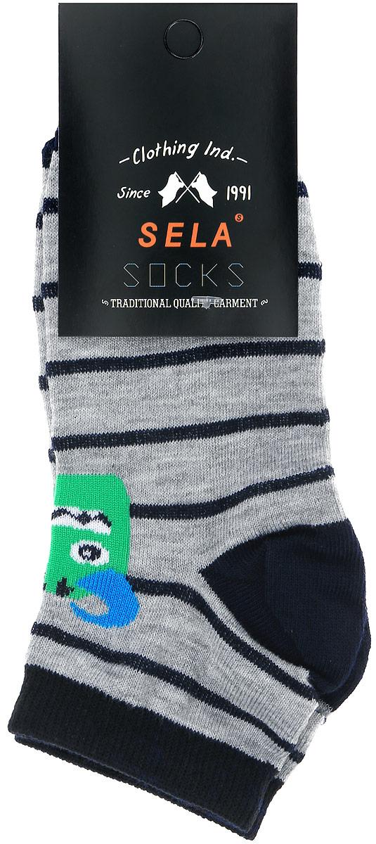 НоскиSOb-7854/018-7101Носки для мальчика Sela изготовлены из высококачественного эластичного хлопка с добавлением полиэстера. Укороченные носки имеют эластичную резинку, которая надежно фиксирует носки на ноге. Модель оформлена принтом с изображением забавного монстра.