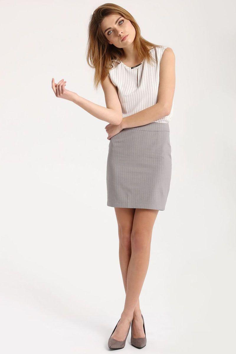 БлузкаSBK2215BIБлузка женская Top Secret выполнена из полиэстера. Модель с круглым вырезом горловины оформлена интересным принтом.