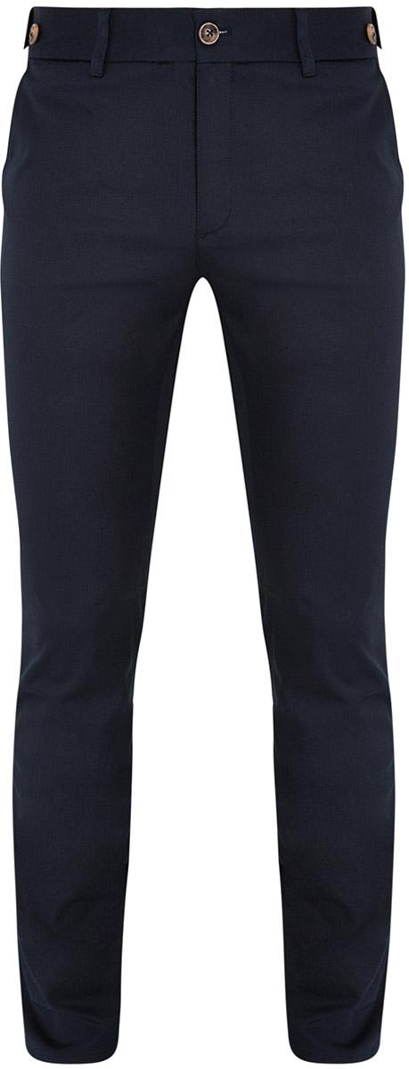 Брюки2L210169M/23421N/7900NМужские брюки oodji Lab выполнены из хлопка с добавлением эластана. Модель-слим стандартной посадки застегивается на пуговицу и ширинку на застежке-молнии. Пояс имеет шлевки для ремня. Спереди брюки дополнены втачными карманами, сзади - прорезными.