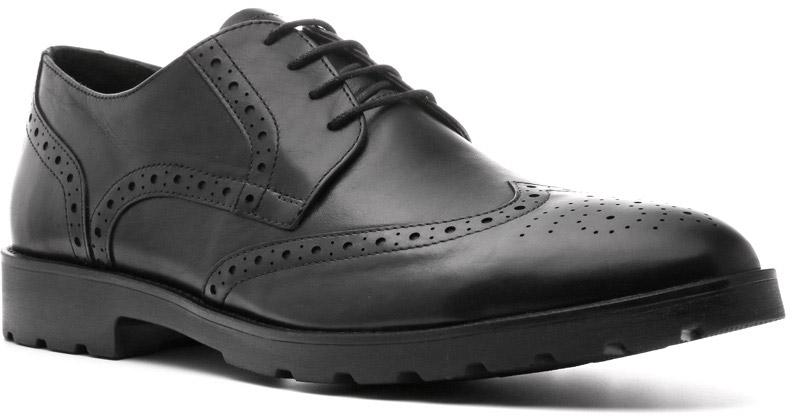 Броги574105ЧНБроги Robert линии Modern украсят любой гардероб преуспевающего мужчины. Толстая полиуретановая подошва — атрибут демисезонных полуботинок — надежно предохранит ступню от переохлаждения. Стильный верх с умеренной перфорацией и элегантной шнуровкой отлично сочетаются с брюками. Цвет обуви будет гармонировать с широкой палитрой базовых цветов и их оттенков.