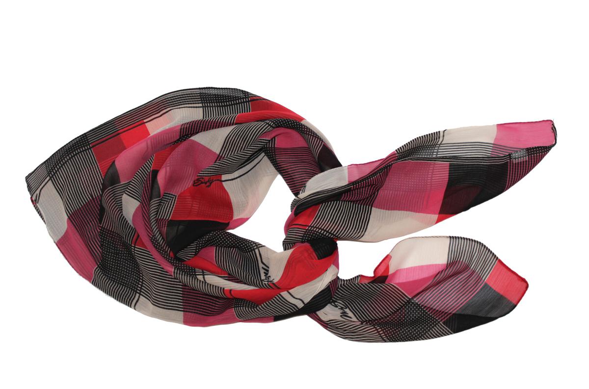 Платок524040н_101Платок Ethnica, выполненный из вискозы, гармонично дополнит образ современной женщины. Благодаря своему составу, он легкий, мягкий и приятный на ощупь. Модель оформлена оригинальным принтом. Классическая квадратная форма позволяет носить платок на шее, украшать им прическу или декорировать сумочку. С таким платком вы всегда будете выглядеть женственно и привлекательно.
