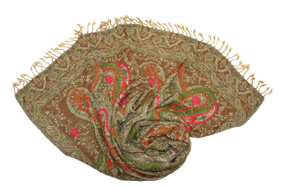 Палантин569750н_15Эффектный палантин Ethnica подчеркнет ваш неповторимый образ. Изделие выполнено из 100% шерсти, оформлено оригинальным принтом и вышивкой. Этот модный аксессуар гармонично дополнит ваш образ.