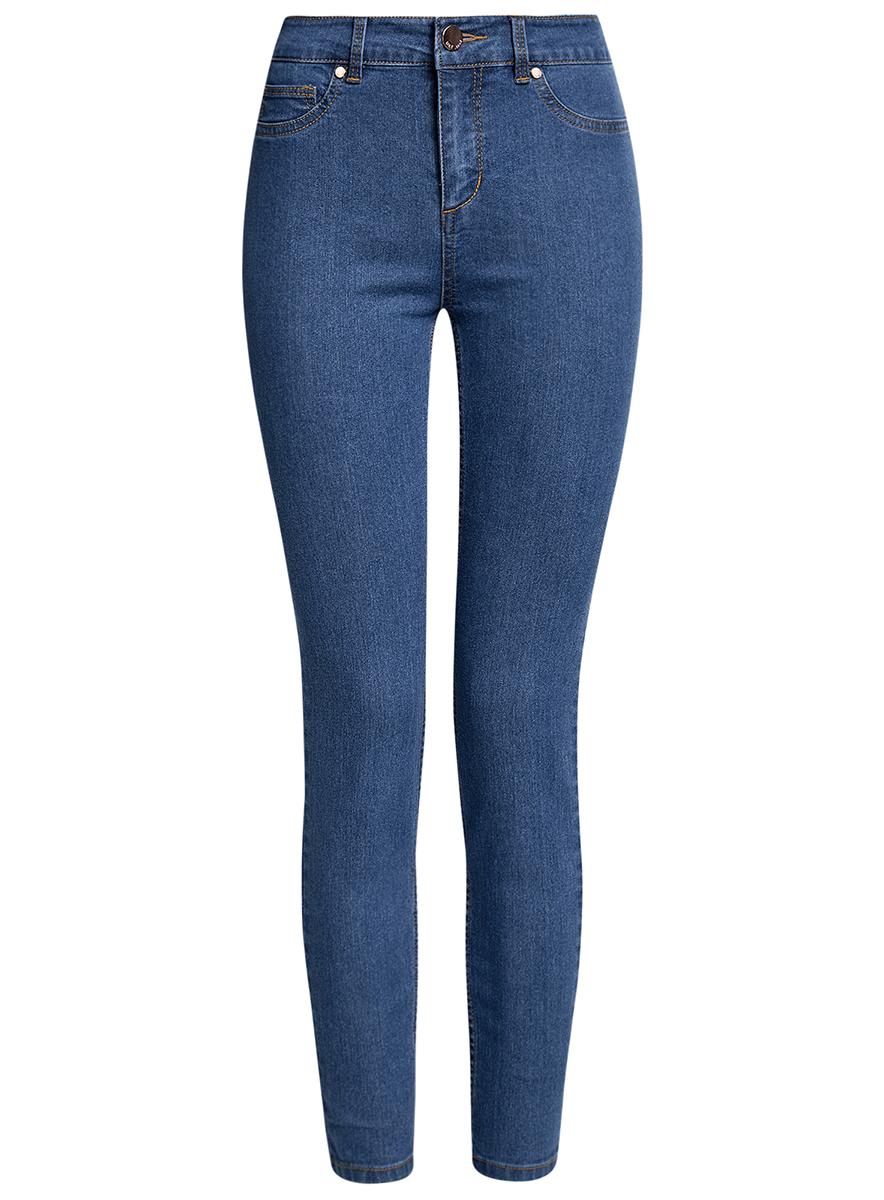Джинсы12104065B/46253/7000WЖенские джинсы oodji Ultra выполнены из высококачественного материала. Модель-слим завышенной посадки по поясу застегивается на пуговицу и имеют ширинку на застежке-молнии, а также шлевки для ремня. Джинсы сзади имеют два накладных кармана.