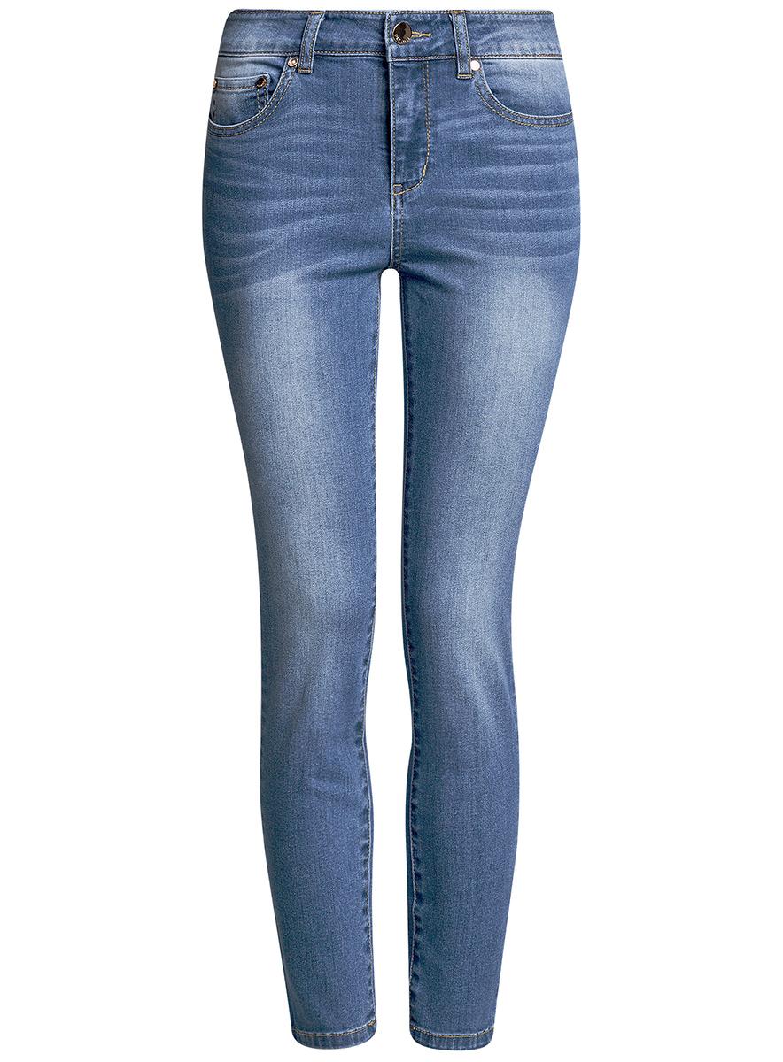 Джинсы12103149B/45379/7000WЖенские джинсы oodji Ultra выполнены из высококачественного материала. Модель-скинни завышенной посадки по поясу застегивается на пуговицу и имеют ширинку на застежке-молнии, а также шлевки для ремня. Джинсы имеют спереди - два втачных кармана, а сзади - два накладных кармана.
