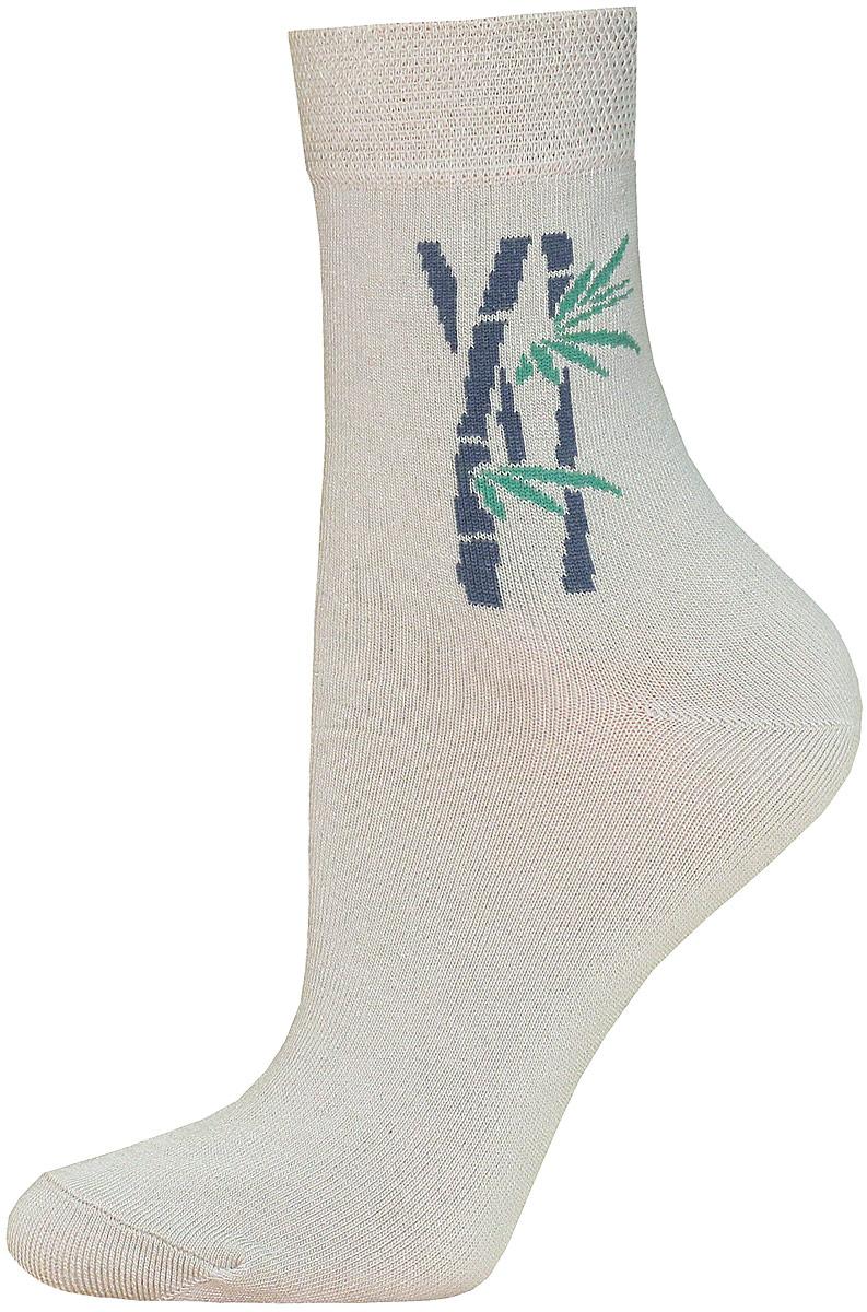 Носки14С1501/024Женские носки Брестские Bamboo изготовлены из бамбука с добавлением полиэстера и эластана. Модель средней длины оформлена рисунком.