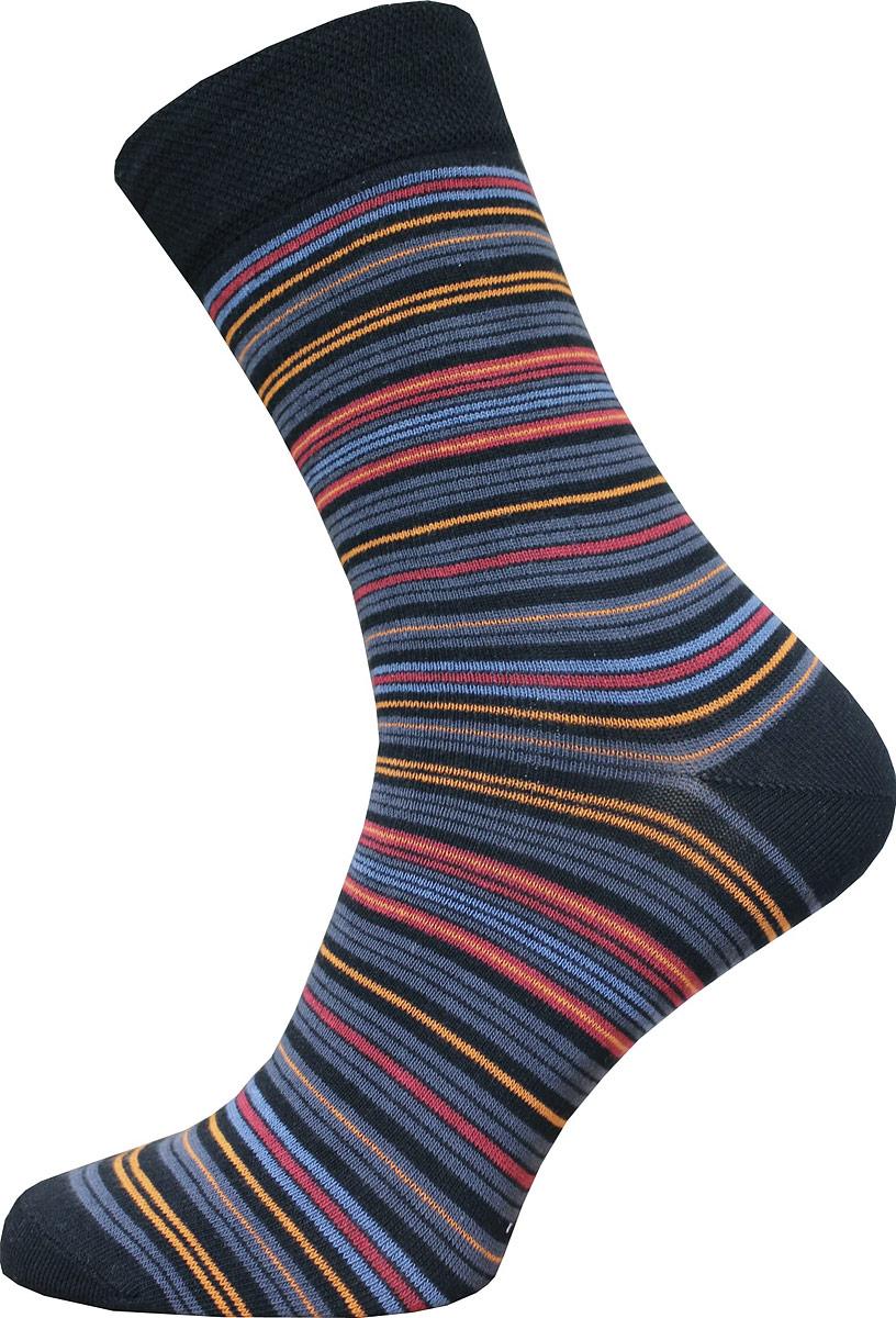 Носки14С2122-Д38/022Мужские носки Брестские Classic, выполненные из хлопка с добавлением полиэстера и эластана, оформлены полосками. На модели предусмотрена мягкая эластичная резинка с двойным бортом. Носки хорошо держат форму и обладают повышенной воздухопроницаемостью. Усиленные пятка и мысок обеспечивают надежность и долговечность.