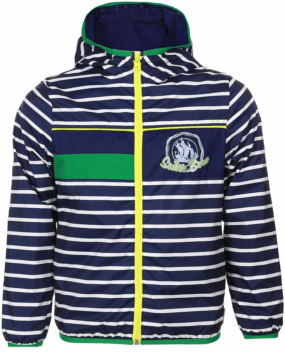 Куртка70029_BOB_вар.3Куртка для мальчика Boom! изготовлена из водонепроницаемого полиэстера. Куртка с капюшоном застегивается на пластиковую застежку-молнию. Края капюшона, рукавов и низа куртки отделаны тонкой эластичной резинкой. В боковых швах предусмотрены два прорезных кармана. Модель оформлена оригинальным принтом на груди и дополнена светоотражающими элементами.