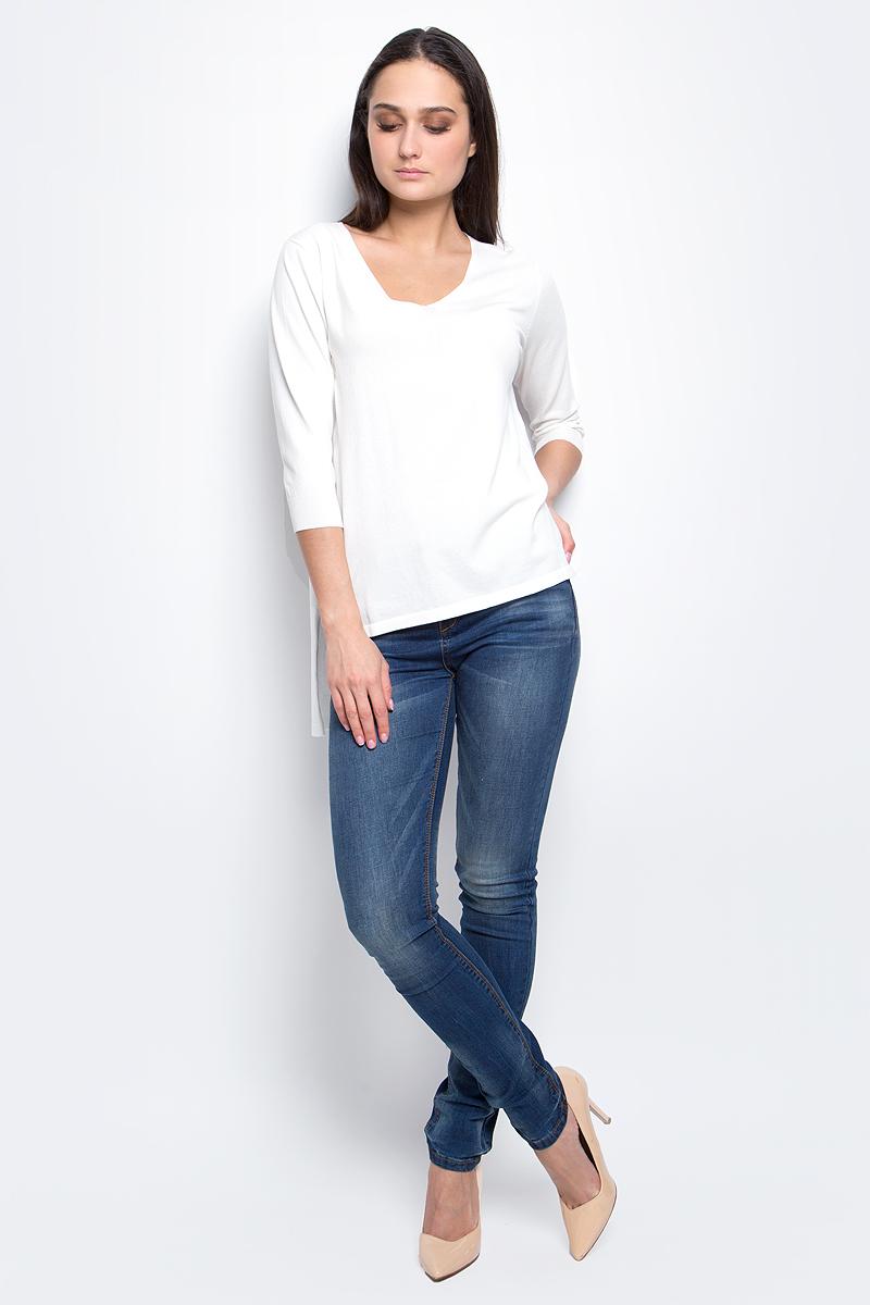 B137015_MilkЭлегантный женский пуловер Baon выполнен из хлопка с добавлением вискозы и полиамида. Модель с V-образным вырезом горловины и рукавами 3/4. Низ и манжеты изделия выполнены мелкой резинкой. Спинка изделия удлинена.