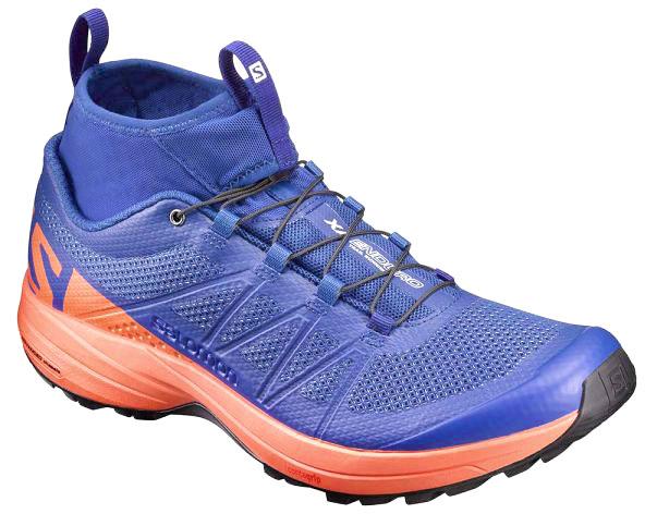 L39240800Время сойти с проторенного пути. Обувь XA Enduro плотно прилегает к ноге и стабилизирует ее на самом трудном горном склоне. Защищает от попадания грязи. Кому нужны тропы? Перед вами открыты все горы мира: бегите с удовольствием.