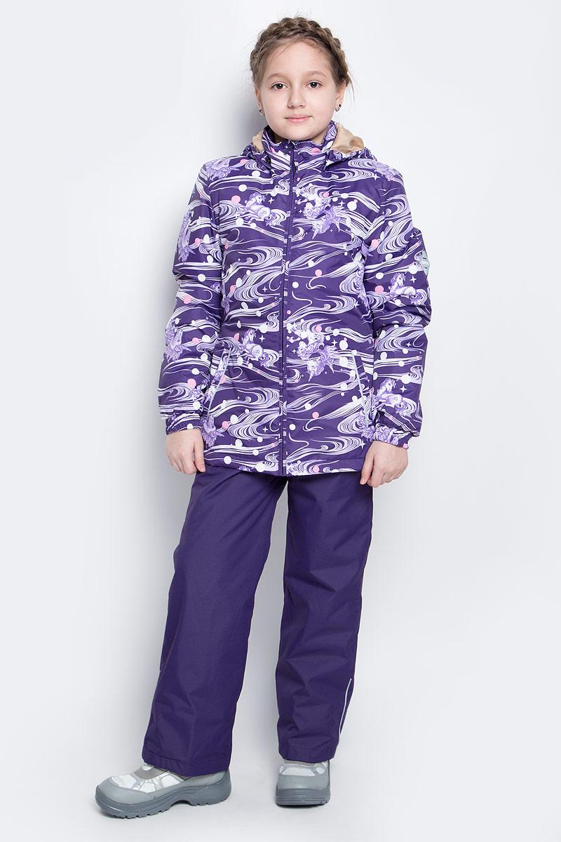 Комплект верхней одежды41260114-71173Костюм для девочки Huppa Yonne 1 состоит из куртки и брюк. Костюм выполнен из 100% полиэстера с высокими показателями износостойкости. Ткань с обратной стороны покрыта слоем полиуретана с микропорами (мембрана), который препятствует прохождению влаги и ветра внутрь изделия. Для максимальной влагонепроницаемости швы проклеены водостойкой лентой. Подкладка костюма выполнена из гладкой тафты. Высокотехнологичный легкий синтетический утеплитель обладает уникальным расположением волокон, которые обеспечивают сохранение объема и высокую теплоизоляцию, а также гарантируют легкую стирку и быстрое высыхание. Куртка имеет застежку-молнию с защитой подбородка от прищемления, отстегивающийся капюшон, прорезные открытые карманы. Талия, манжеты рукавов и край капюшона снабжены эластичными резинками. Брюки закрываются на застежку-молнию и пуговицу в поясе, эластичные подтяжки регулируемой длины легко снимаются, талия снабжена резинкой для плотного прилегания. На...