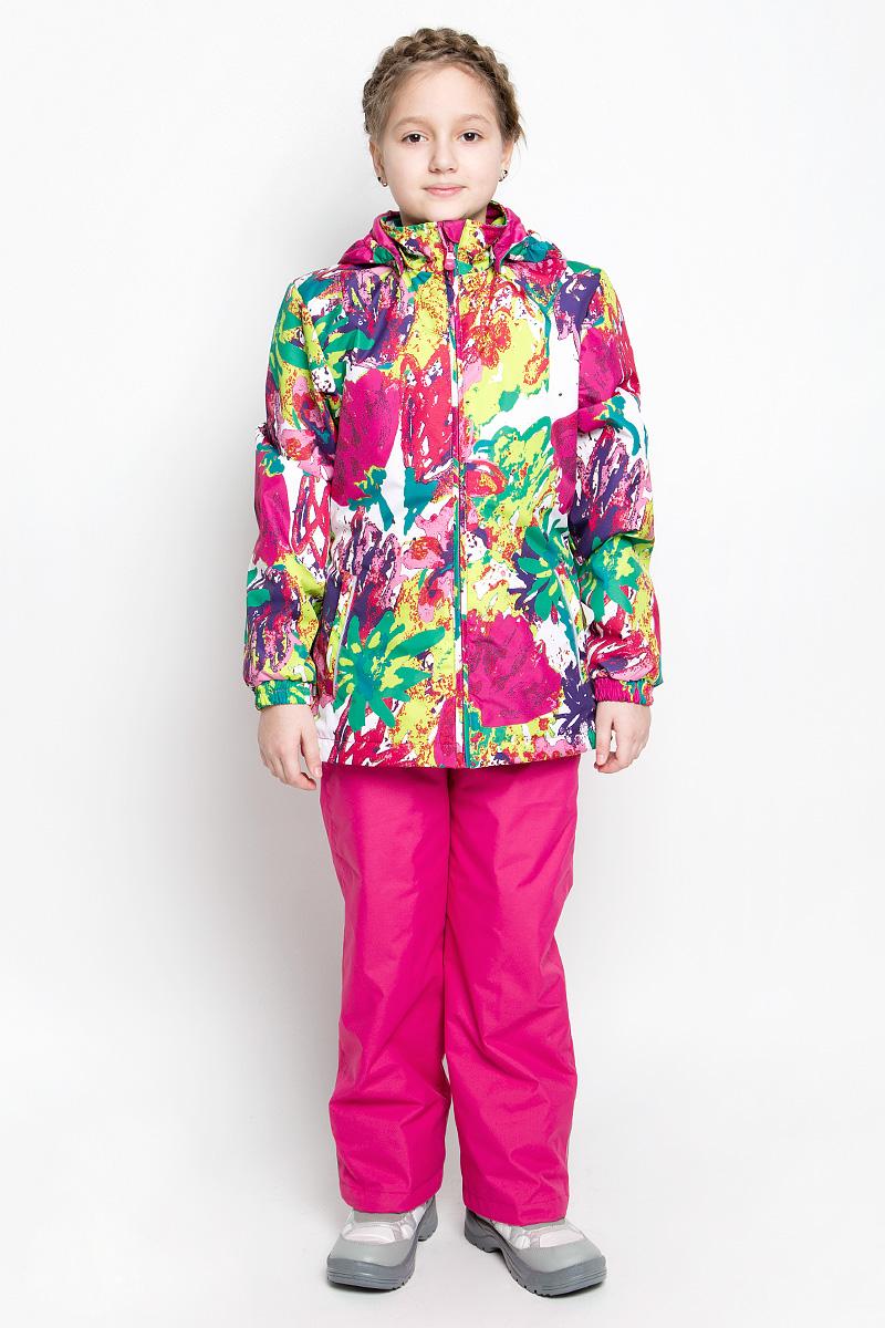 41260104-71127Костюм для девочки Huppa Yonne 1 состоит из куртки и брюк. Костюм выполнен из 100% полиэстера с высокими показателями износостойкости. Ткань с обратной стороны покрыта слоем полиуретана с микропорами (мембрана), который препятствует прохождению влаги и ветра внутрь изделия. Для максимальной влагонепроницаемости швы проклеены водостойкой лентой. Подкладка костюма выполнена из гладкой тафты. Высокотехнологичный легкий синтетический утеплитель имеет уникальную структуру микроволокон, которые не позволяют проникнуть внутрь холодному воздуху, в то же время удерживают теплый между волокнами и обеспечивают высокую теплоизоляцию. Куртка имеет застежку-молнию с защитой подбородка от прищемления, отстегивающийся капюшон, прорезные открытые карманы. Талия, манжеты рукавов и край капюшона снабжены эластичными резинками. Брюки закрываются на застежку-молнию и пуговицу в поясе, эластичные подтяжки регулируемой длины легко снимаются, талия снабжена резинкой для...