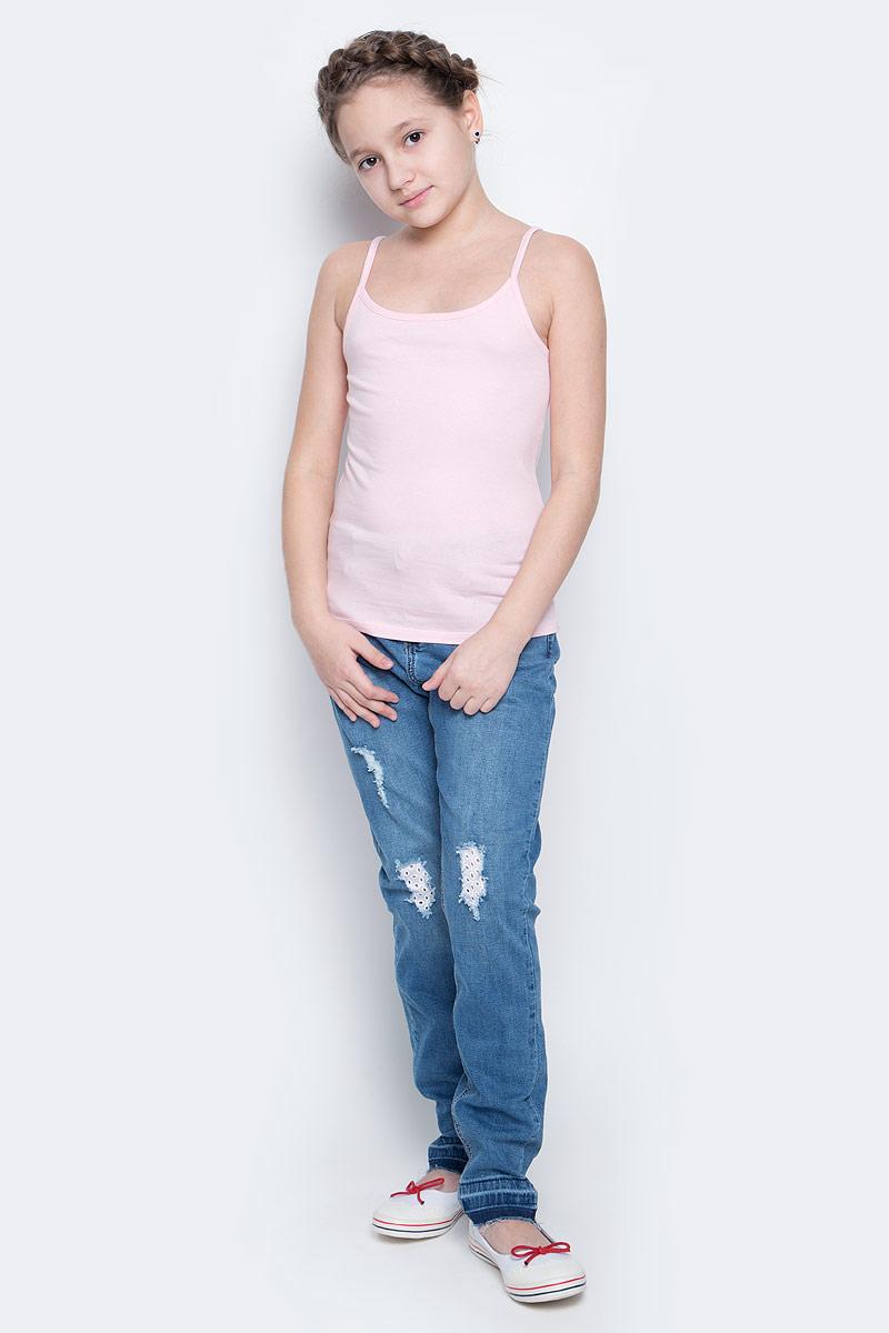Tslub-2/017-7101Майка для девочки Sela выполнена из эластичного хлопка. Майка на узких нерегулируемых бретельках с круглым вырезом горловины имеет комфортные эластичные швы.