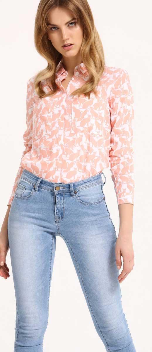 РубашкаSKL2210BIРубашка женская Top Secret выполнена из 100% вискозы. Модель с отложным воротником застегивается на пуговицы.