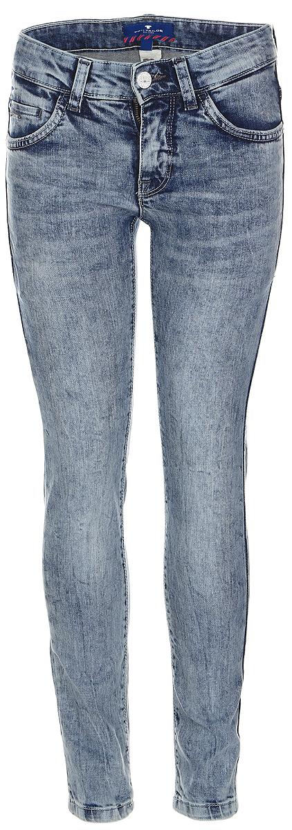Джинсы6205488.00.30_1000Стильные джинсы для мальчика Tom Tailor, изготовленные из эластичного хлопка, они необычайно мягкие и приятные на ощупь, не сковывают движения малышки и позволяют коже дышать. Джинсы скинни застегиваются в поясе на металлическую пуговицу, также имеются шлевки для ремня и ширинка на металлической застежке-молнии. С внутренней стороны пояс регулируется резинкой на пуговицах. Модель спереди дополнена двумя втачными и одним маленьким кармашком, а сзади - двумя накладными карманами.