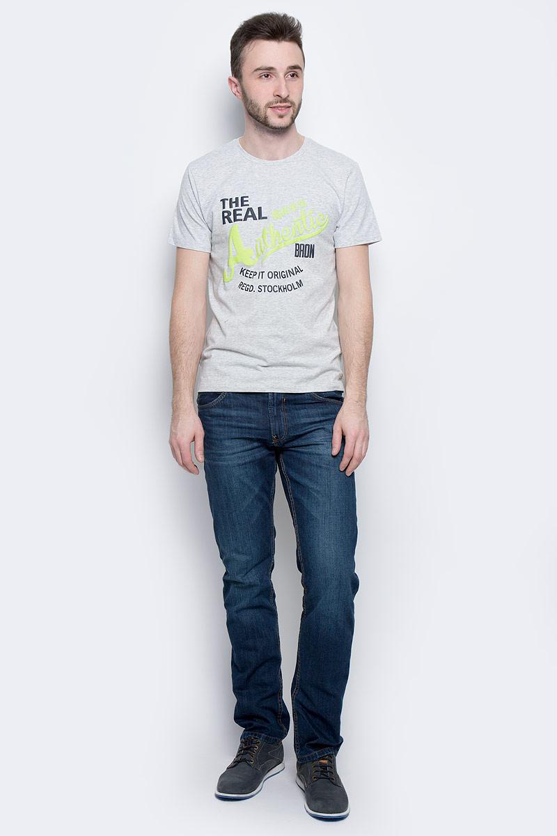 ФутболкаB737302_Silver MelangeМужская футболка Baon выполнена из натурального хлопка. Модель с круглым вырезом горловины и короткими рукавами оформлена принтовыми надписями.