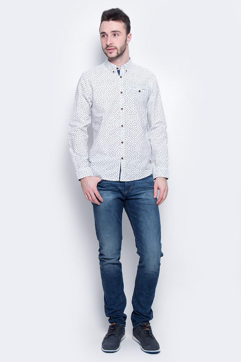 Рубашка2033113.00.10_2000Мужская рубашка Tom Tailor выполнена из натурального хлопка. Рубашка с длинными рукавами и отложным воротником застегивается на пуговицы спереди. Манжеты рукавов также застегиваются на пуговицы. Рубашка оформлена мелким контрастным принтом. На груди расположен прорезной карман на пуговице.