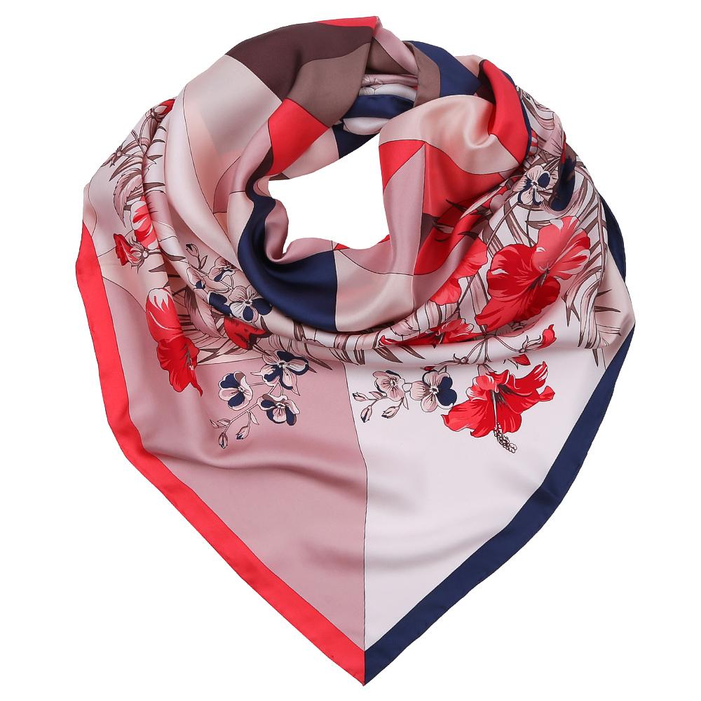 ПлатокCX1617-32-1Изысканный женский платок Fabretti выполнен из натурального шелка, который придает изделию неповторимый роскошный блеск и гладкость фактуры. Тонкая и прочная нить, создающая струящуюся ткать, подчеркнет изысканный вкус своей обладательницы.