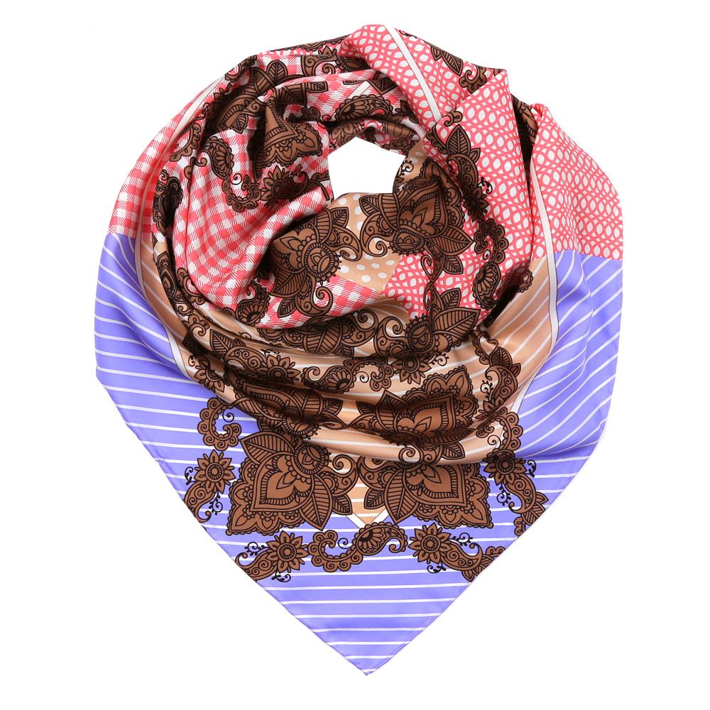ПлатокCX1617-29-3Изысканный женский платок Fabretti выполнен из натурального шелка, который придает изделию неповторимый роскошный блеск и гладкость фактуры. Тонкая и прочная нить, создающая струящуюся ткать, подчеркнет изысканный вкус своей обладательницы.