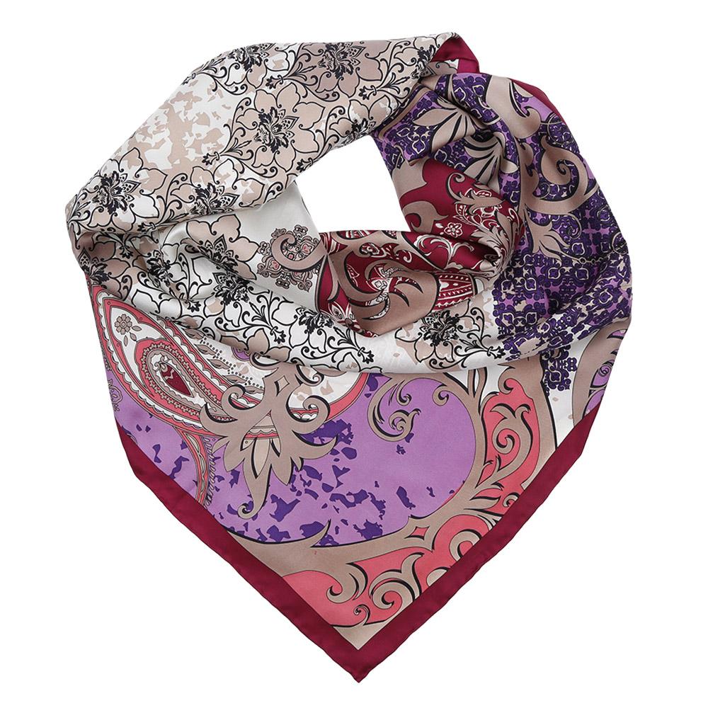 CX1617-27-1Изысканный женский платок выполнен из натурального шелка, который придает изделию неповторимый роскошный блеск и гладкость фактуры. Тонкая и прочная нить, создающая струящуюся ткать, подчеркнет изысканный вкус своей обладательницы.