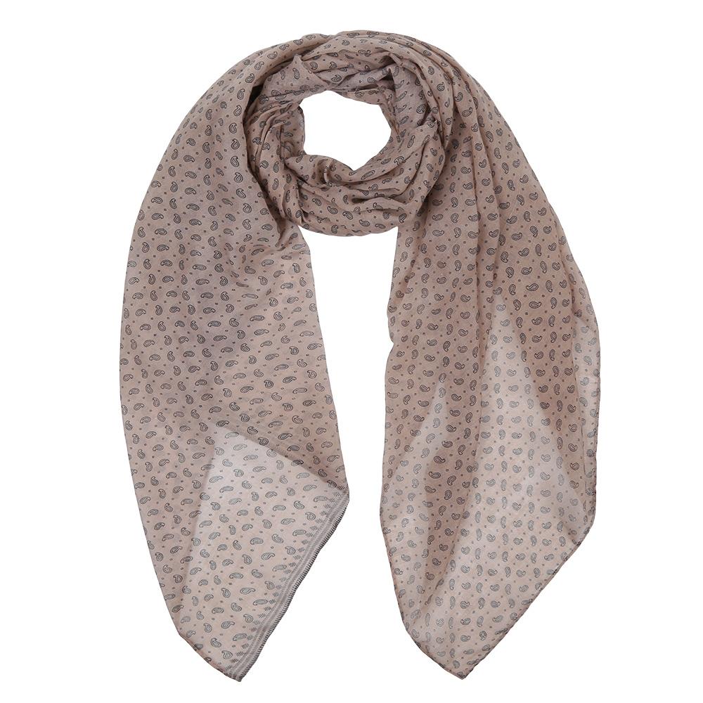 ШарфLeo1366-1Элегантный женский шарф от итальянского бренда Fabretti имеет неповторимую мягкость и легкость фактуры. Красочное сочетание цветов позволило дизайнерам создать изысканную модель, которая станет изюминкой любого весеннего образа.