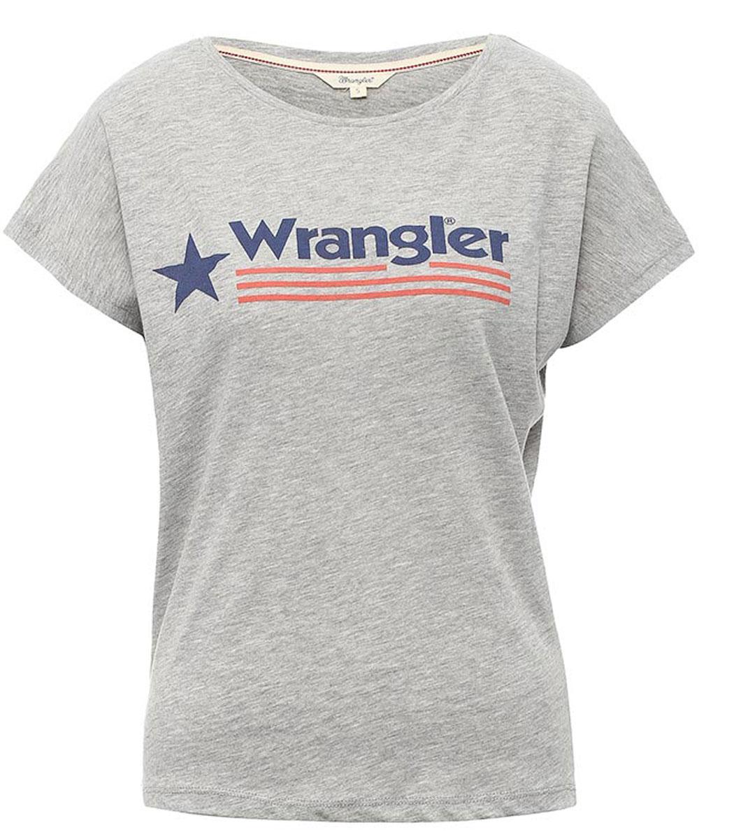 W7331GG12Стильная женская футболка Wrangler Relaxed изготовлена из сочетания хлопка и полиэстера. Модель с круглым вырезом горловины и короткими цельнокроеными рукавами оформлена принтом с надписью бренда. По бокам футболка дополнена небольшими разрезами.